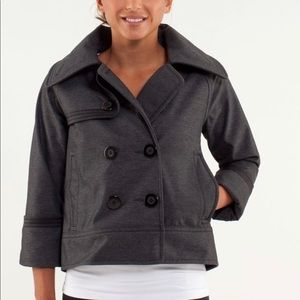 Lululemon coat jacket size 4